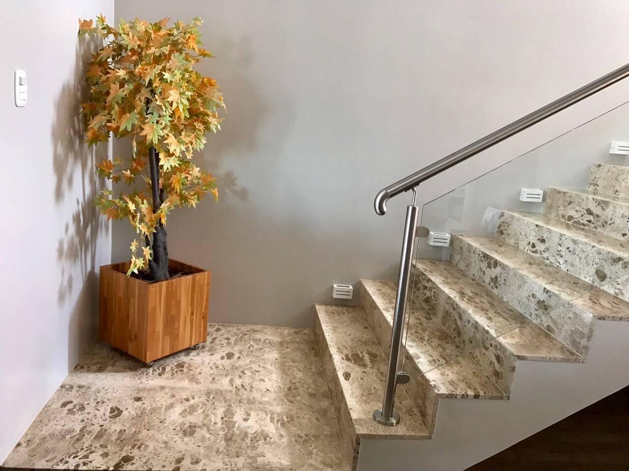 Resultado de imagem para obras com marmores e granitos